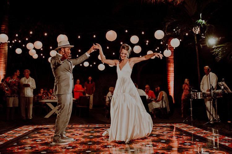 destination wedding at hacienda sac chich dance