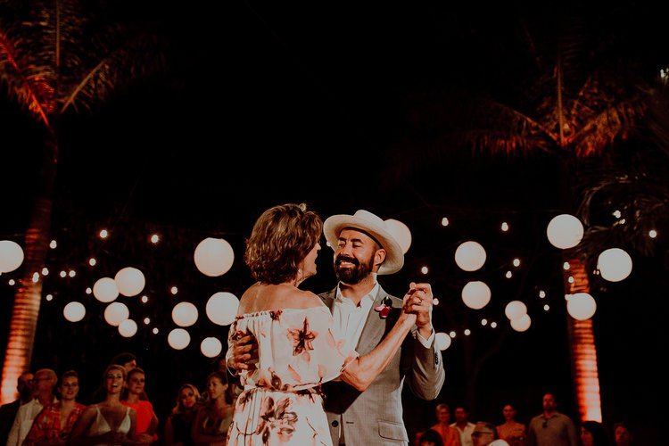 Groom and his mother dancing at Hacienda Sac Chich
