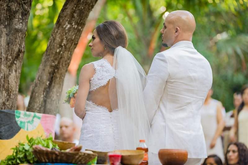 Wedding couple at Mayan Wedding in Yucatan