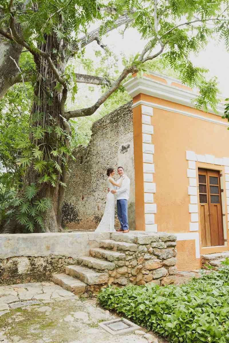 happy wedding couple at Itzincab Camara