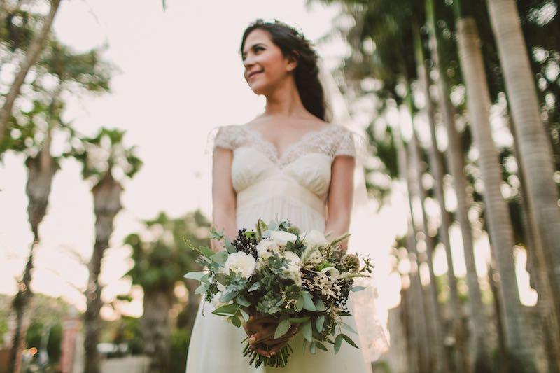Happy bride at Hacienda Chichi Suarez