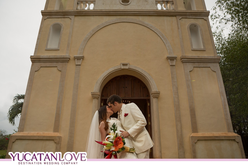 Sotuta de Peon Wedding YUCATANLOVE 02