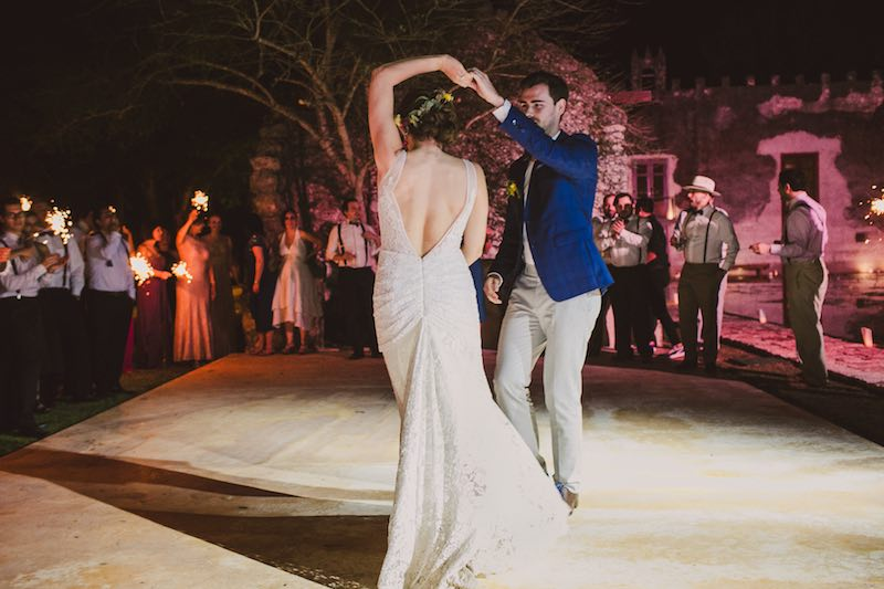 Groom and bride dancing at Tamchen Yucatan