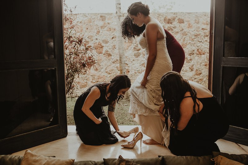 brides helping