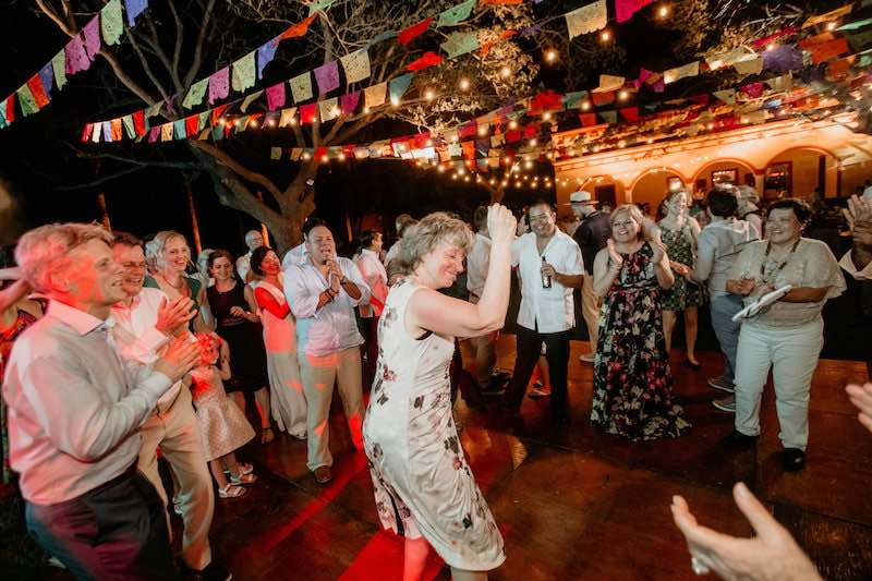 dancing wedding