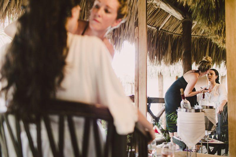 getting ready wedding -1