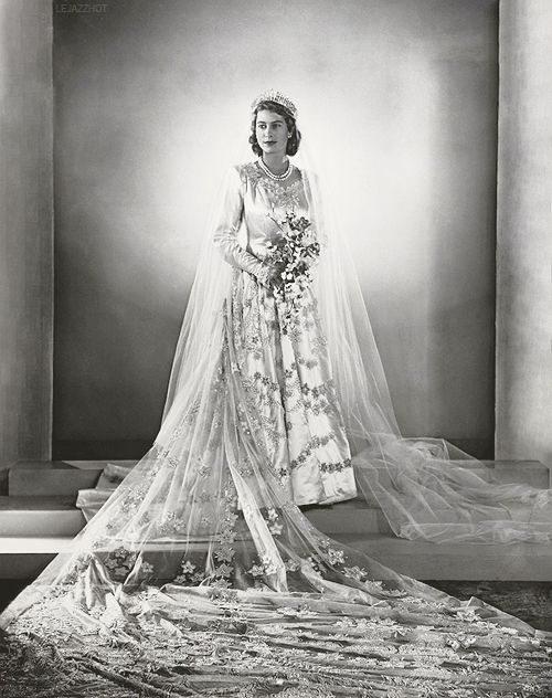 royal bridal veil
