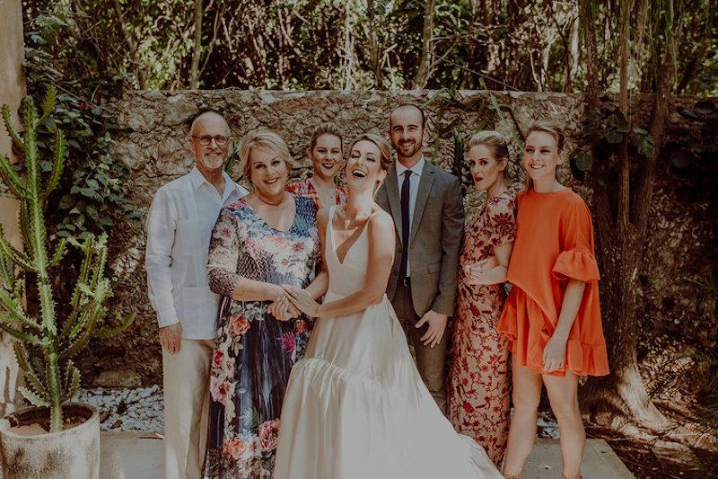 wedding family happy hacienda sac chich yucatan