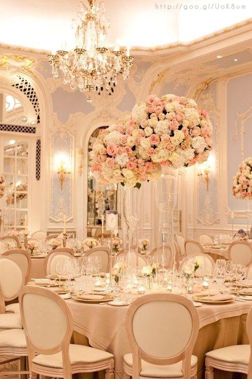 elegant rose gold wedding details