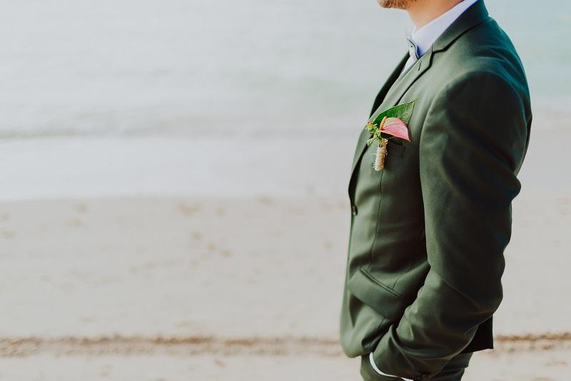 man nuptial look sea