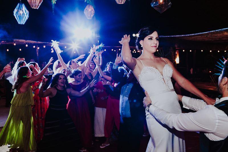 tropical wedding toss the bouquet