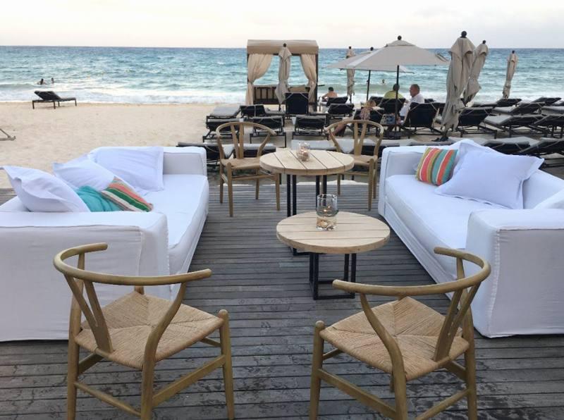 event at beach lounge furniture