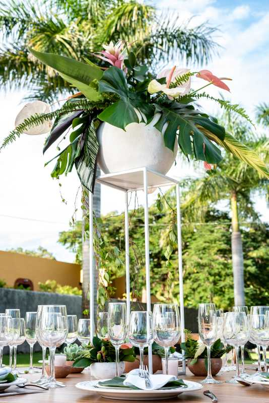Flower ornaments for weddings in Cancun