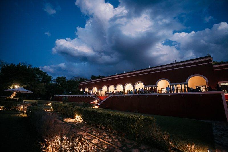 Night view hacienda Temozón