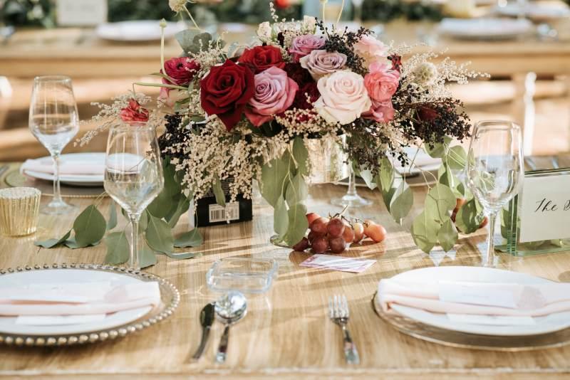 Elegant vintage wedding flower design