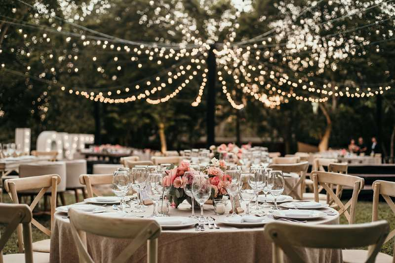 Beautiful vintage decor for your Cancun wedding