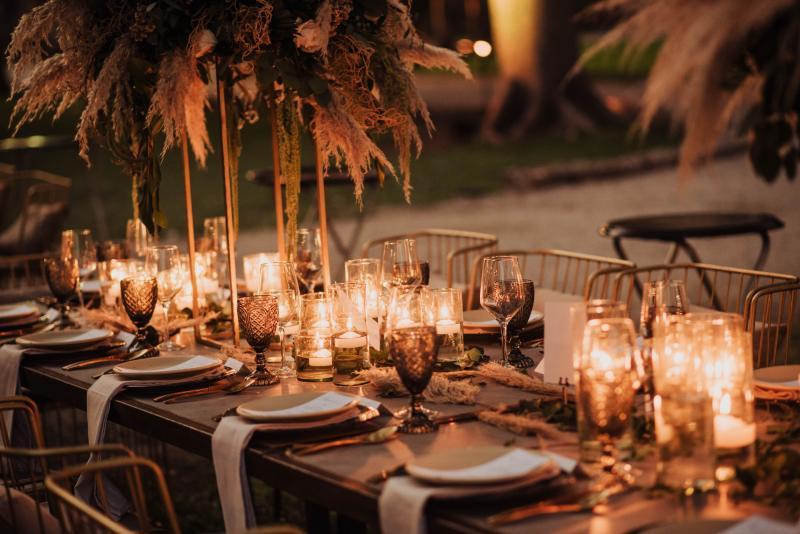 Vintage wedding furniture in Cancun