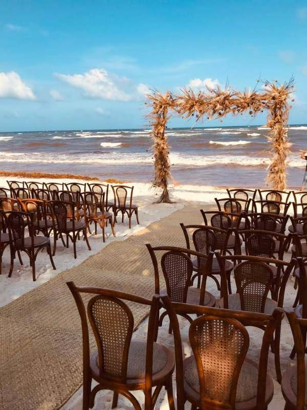 beautiful wedding at the beach