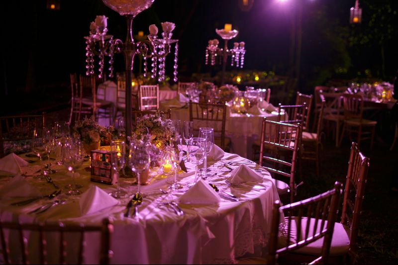 Vintage candle holders for weddings in Cancun