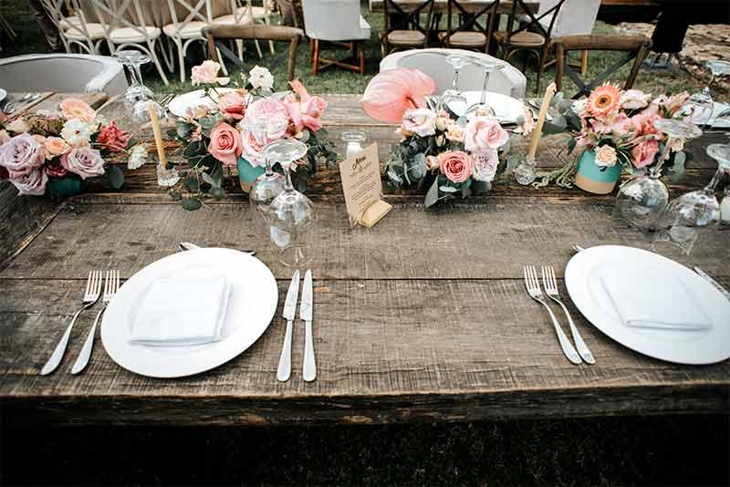 mesas de madera boda