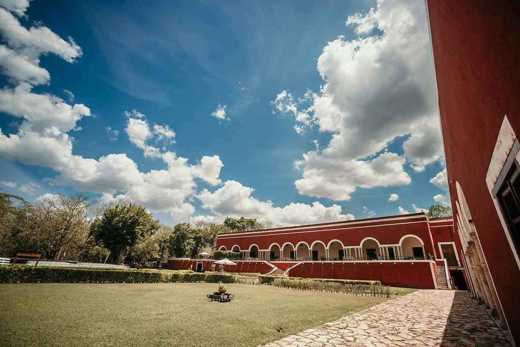 hacienda yucatan wedding